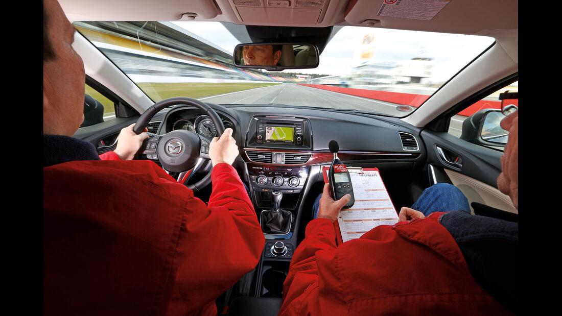 Mazda 6 2.2 D, Cockpit