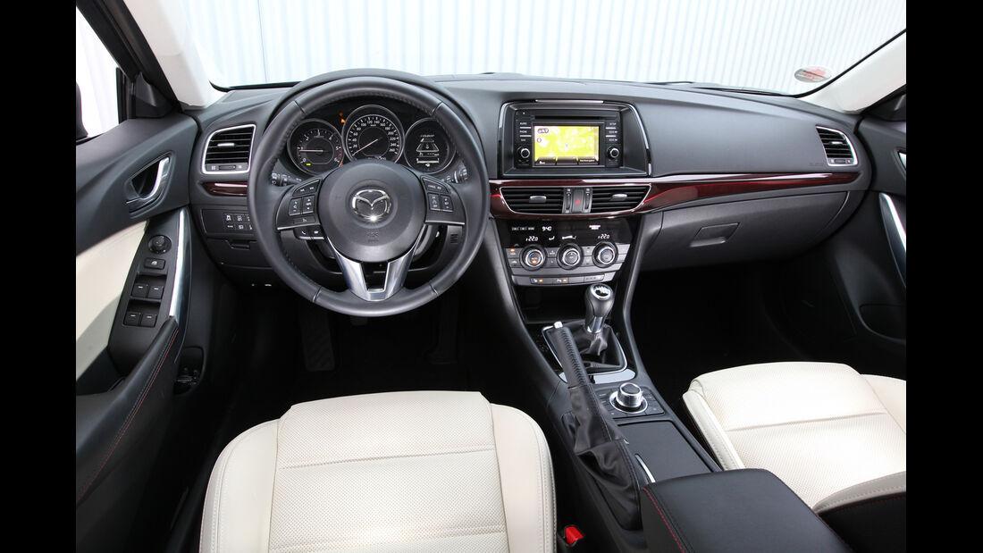 Mazda 6 2.2 D, Cockpit, Lenkrad