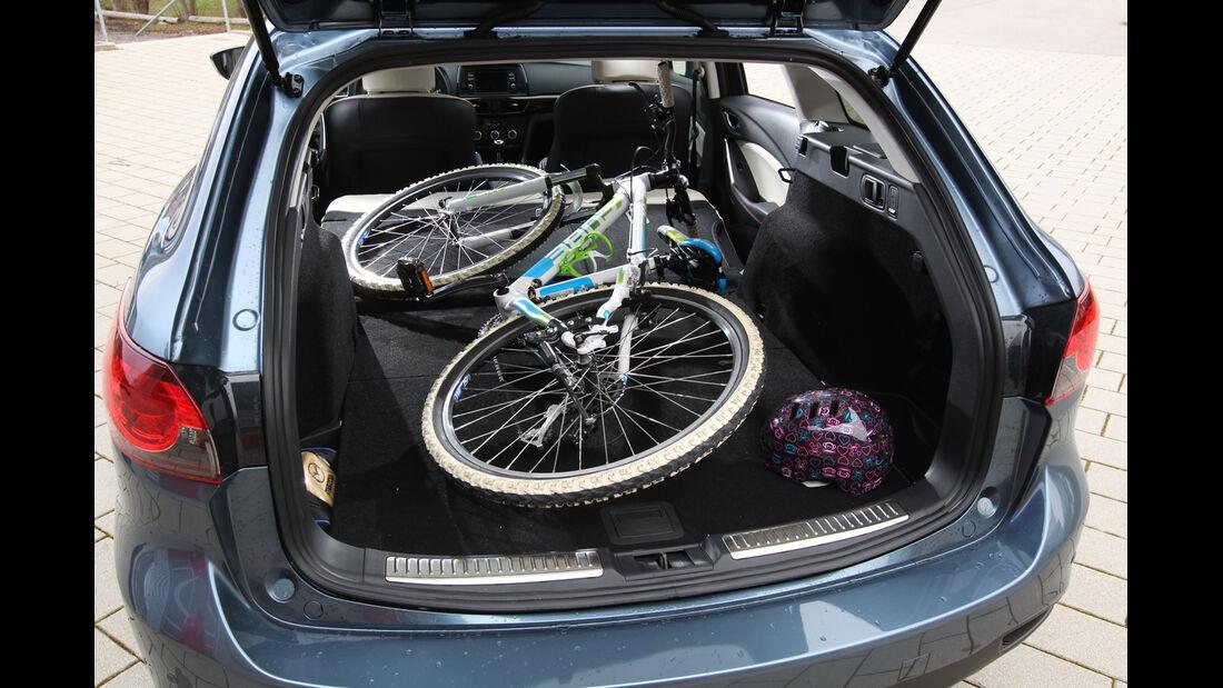 Mazda 6 2.2 D, Kofferraum, Ladefläche