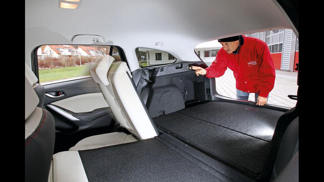 Mazda 6 2.2 D, Rücksitz, Umklappen
