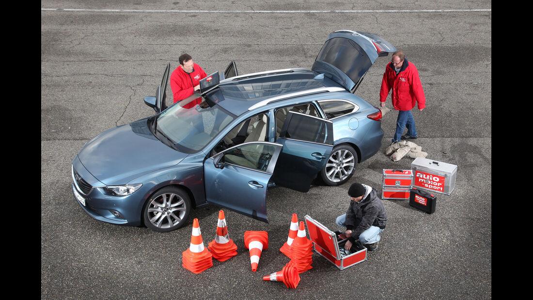 Mazda 6 2.2 D, Seitenansicht, Testvorbereitung