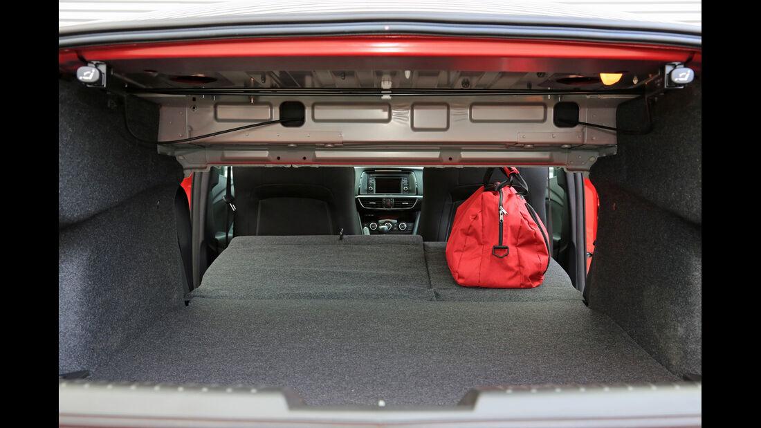 Mazda 6 2.2 l D Center-Line, Kofferraum