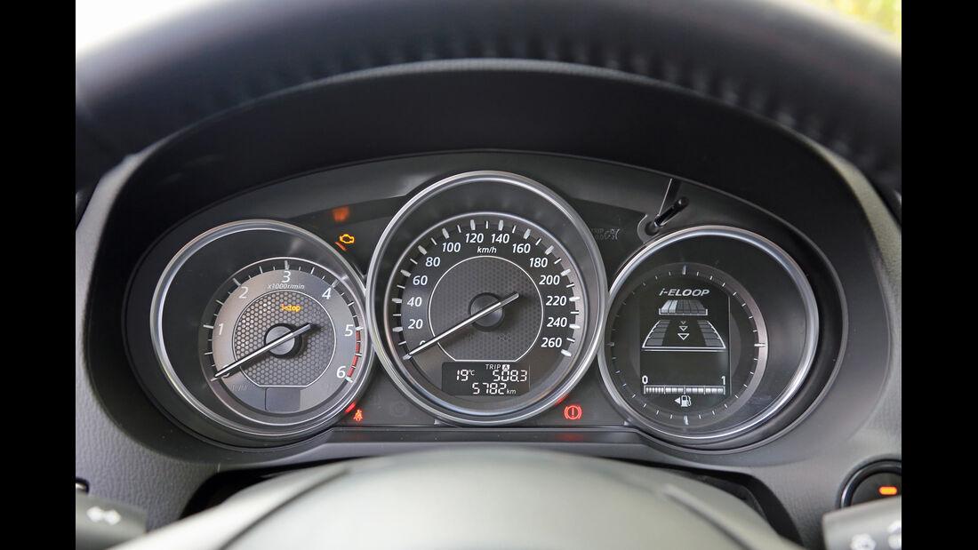 Mazda 6 2.2 l D Center-Line, Rundinstrumente