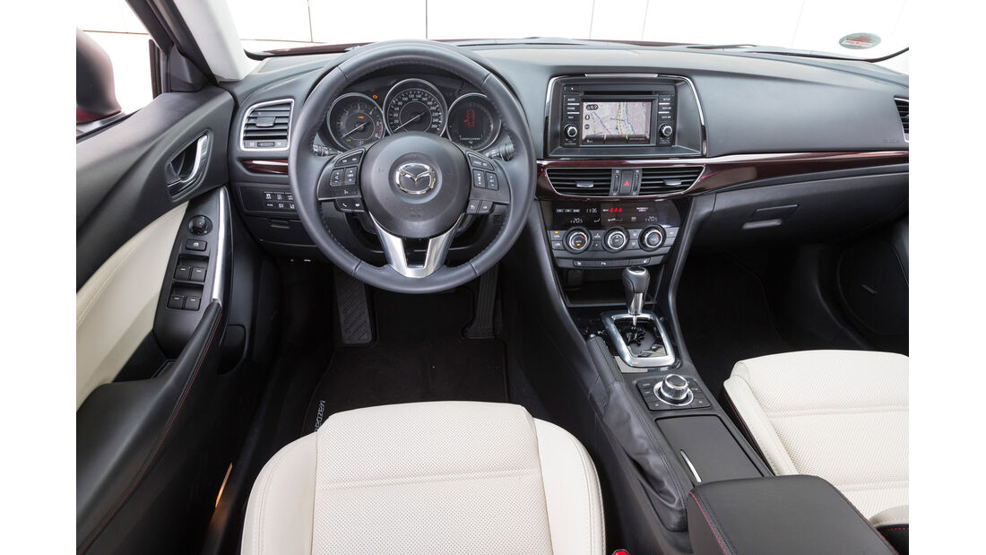 Mazda 6, Cockpit