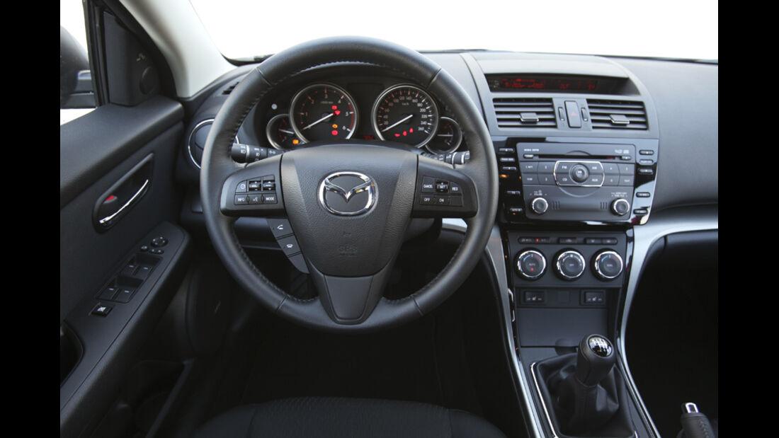 Mazda 6 Kombi 2.2, Cockpit