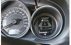 Mazda 6 Kombi 2.2 L D, Rundinstrumente