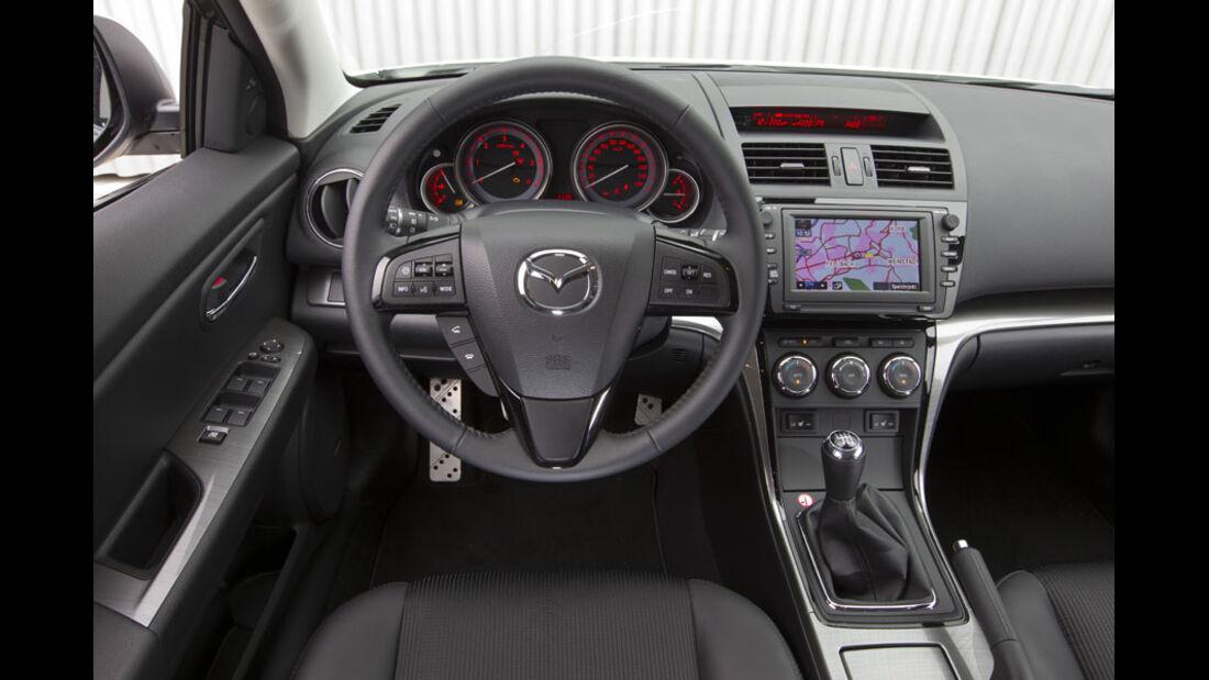 Mazda 6 Kombi, Cockpit