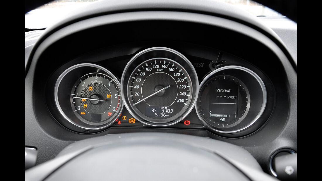 Mazda 6 Kombi, Cockpit, Instrumente