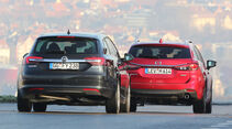 Mazda 6 Kombi, Opel Insignia Sports Tourer, Heckansicht