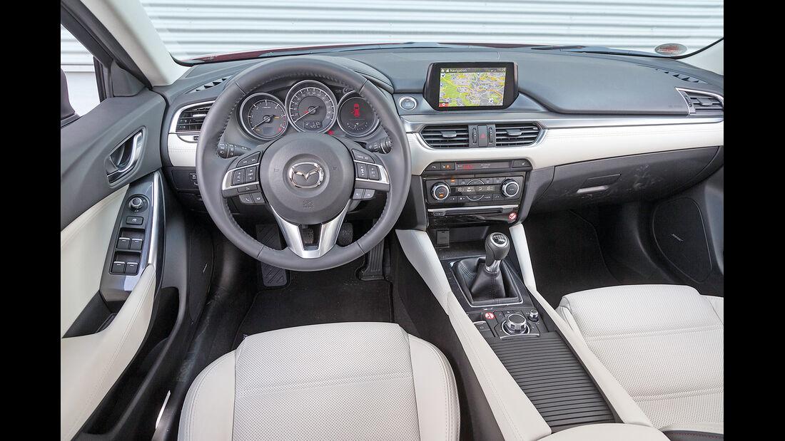 Mazda 6 Kombi Skyactiv-D 175, Cockpit