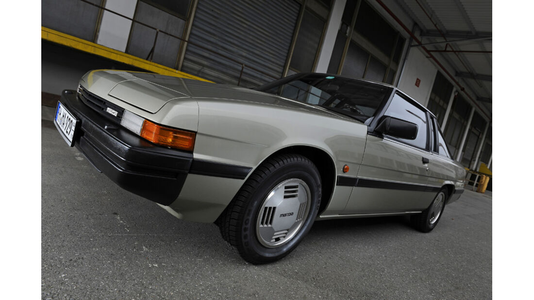 Mazda 929 Coupe, Front