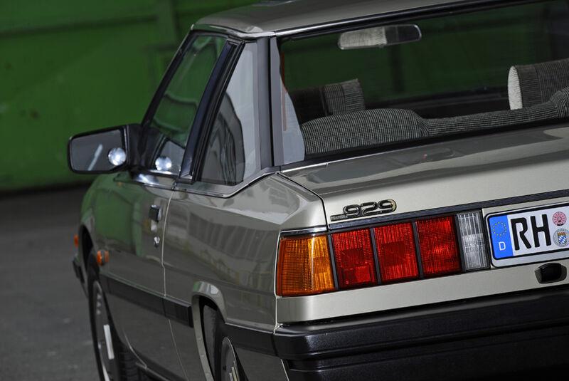 Mazda 929 Coupe, Seitenspiegel, Hecklicht, Detail