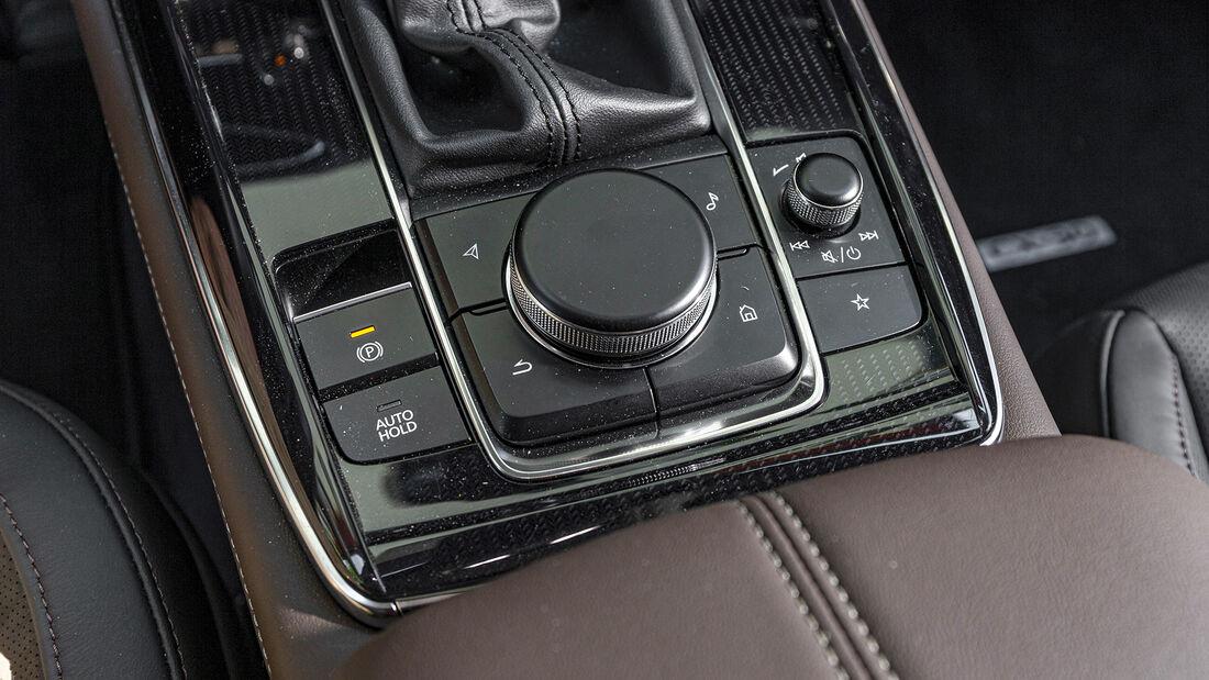 Mazda CX-30, Interieur