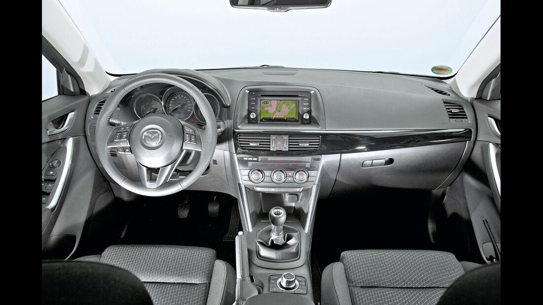 Mazda CX-5 2.2 D, Cockpit, Lenkrad