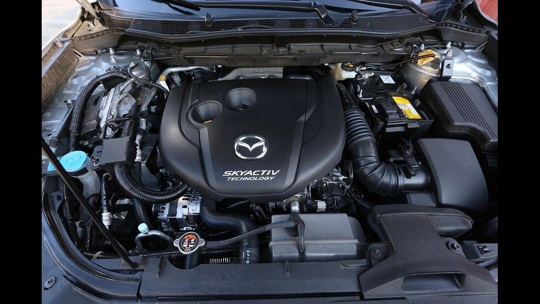 Mazda CX-5 Skyactiv-D 150 AWD Center-Line, Motor