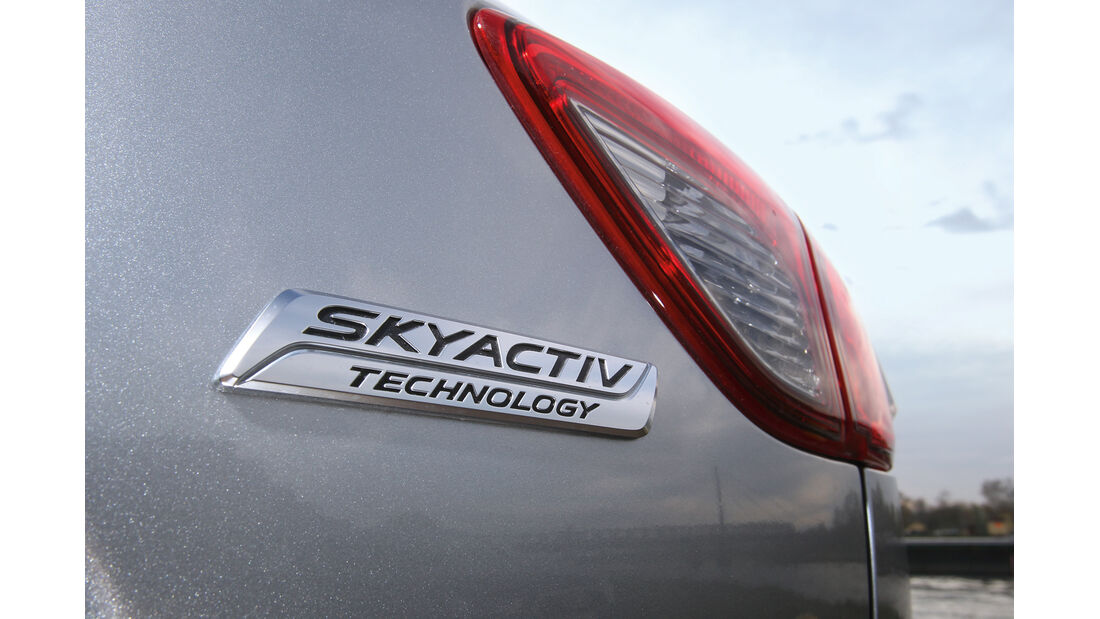 Mazda  CX-5 Skyaktiv-D AWD Sports-Line, Typenbezeichnung