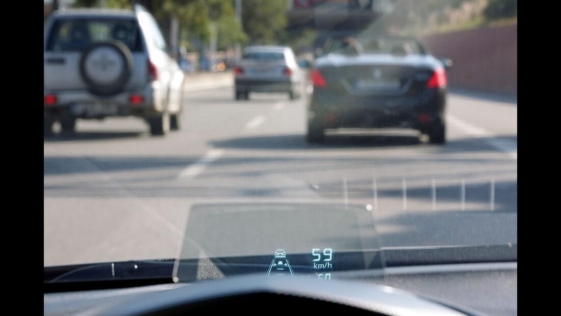 Mazda, Head-up-Display