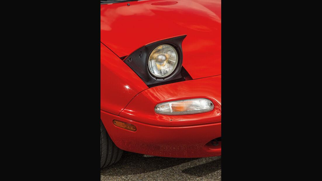 Mazda MX-5 1.6/1.8 Typ NA, Klappscheinwerfer