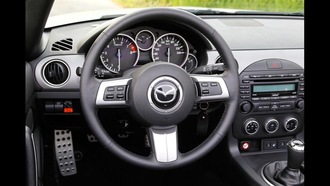 Mazda MX-5 2.0, Lenkrad
