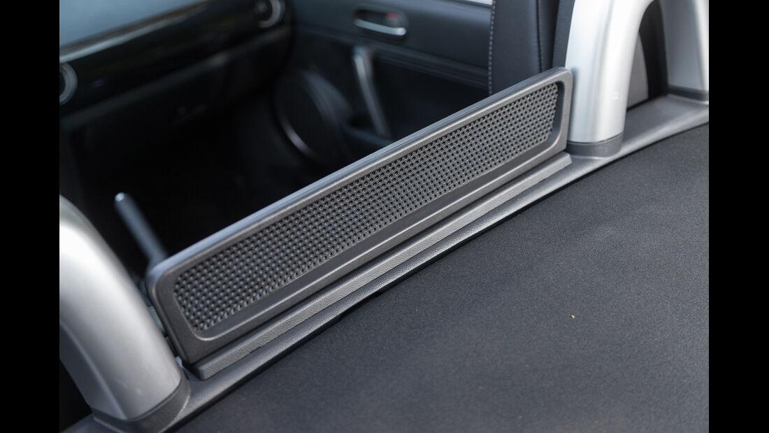 Mazda MX-5 2.0 MZR, Trennwand