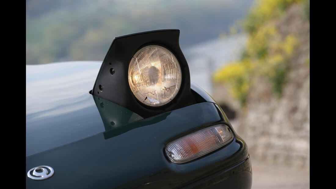 Mazda MX-5, Frontscheinwerfer