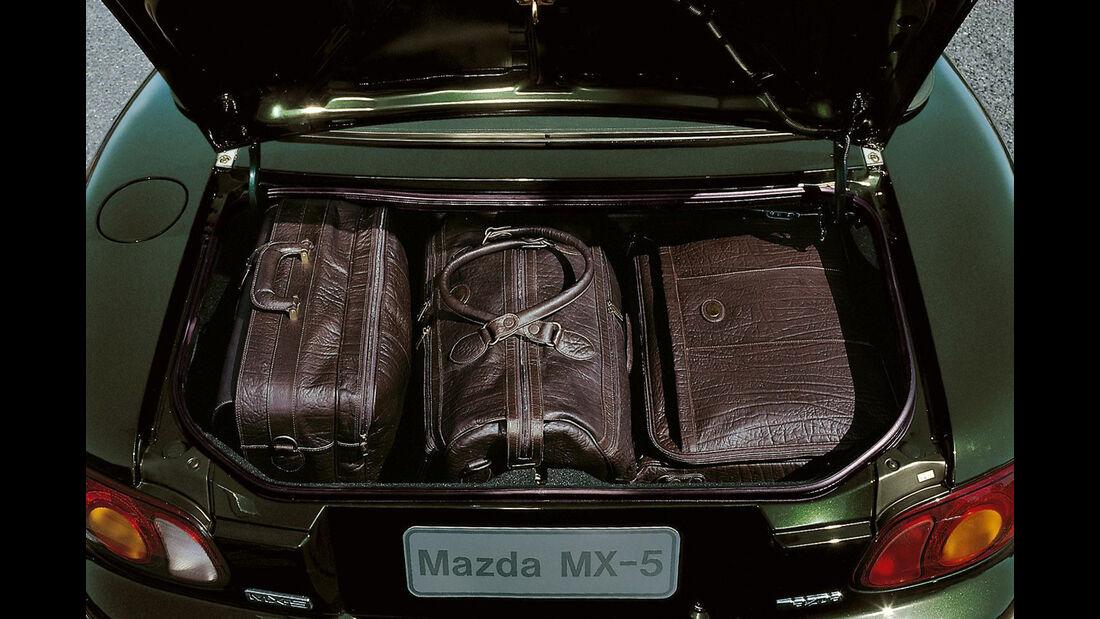 Mazda MX-5 NB (1998) - Roadster - Kofferraum