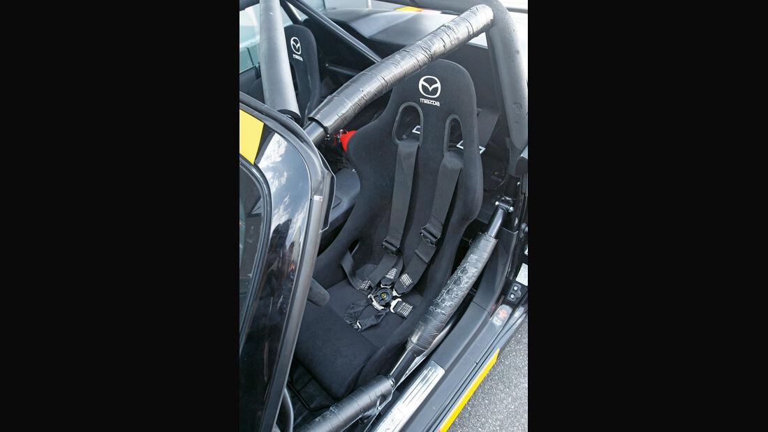 Mazda MX-5 Open Race Edition Flyin Miata, Sitze