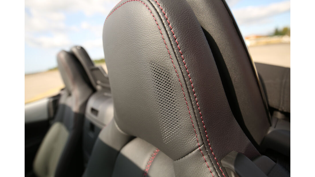 Mazda MX-5 Skyactiv-G 131, Kopfstütze, Nackenfön