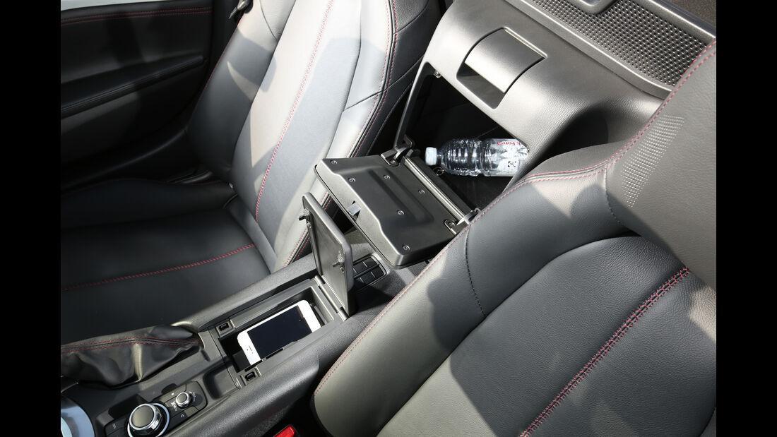 Mazda MX-5 Skyactiv-G 131, Mittelkonsole