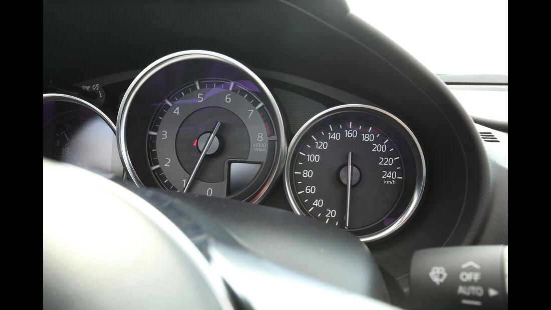 Mazda MX-5 Skyactiv-G 131, Rundinstrumente