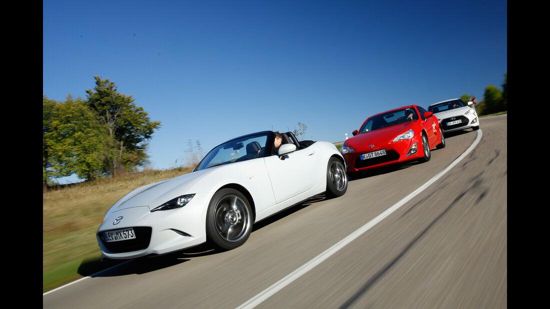 Mazda MX-5 Skyactiv-G 160, Toyota GT86 Pure, Hyundai Veloster Turbo