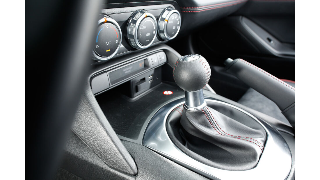 Mazda MX-5 Skyactiv-G 180, Schalthebel