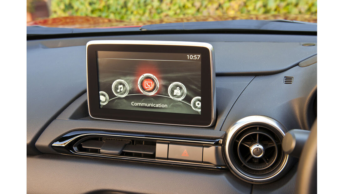 Mazda MX-5, ams, Fahrbericht, Infotainment