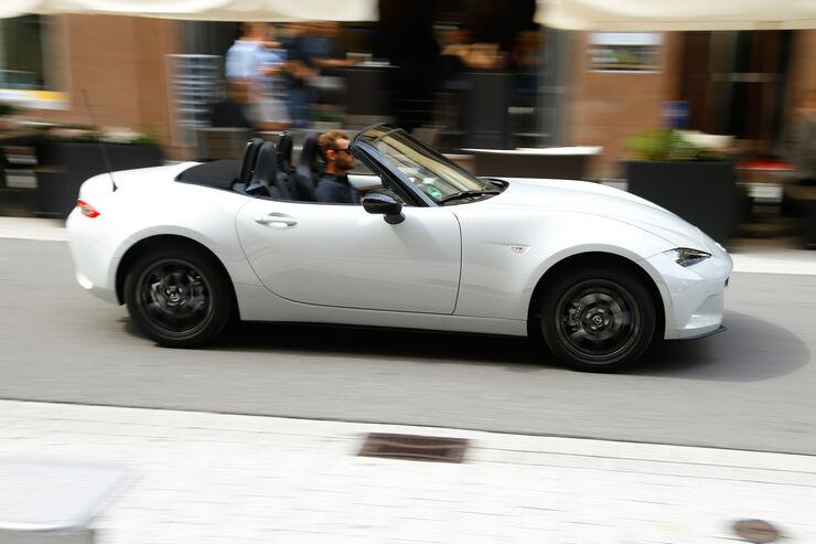 Fahrbericht Mazda MX5  AUTO MOTOR UND SPORT