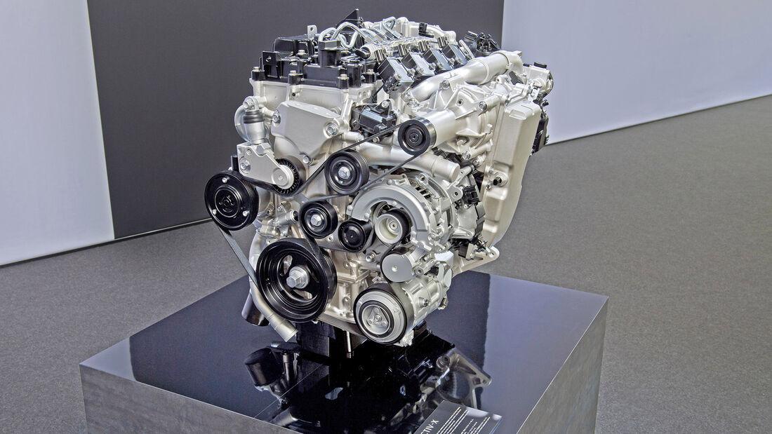 Mazda Skyactiv-X, Motor