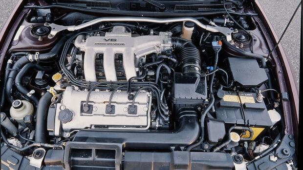 Mazda Xedos 6, Motor