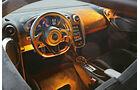 McLaren 570S, Cockpit