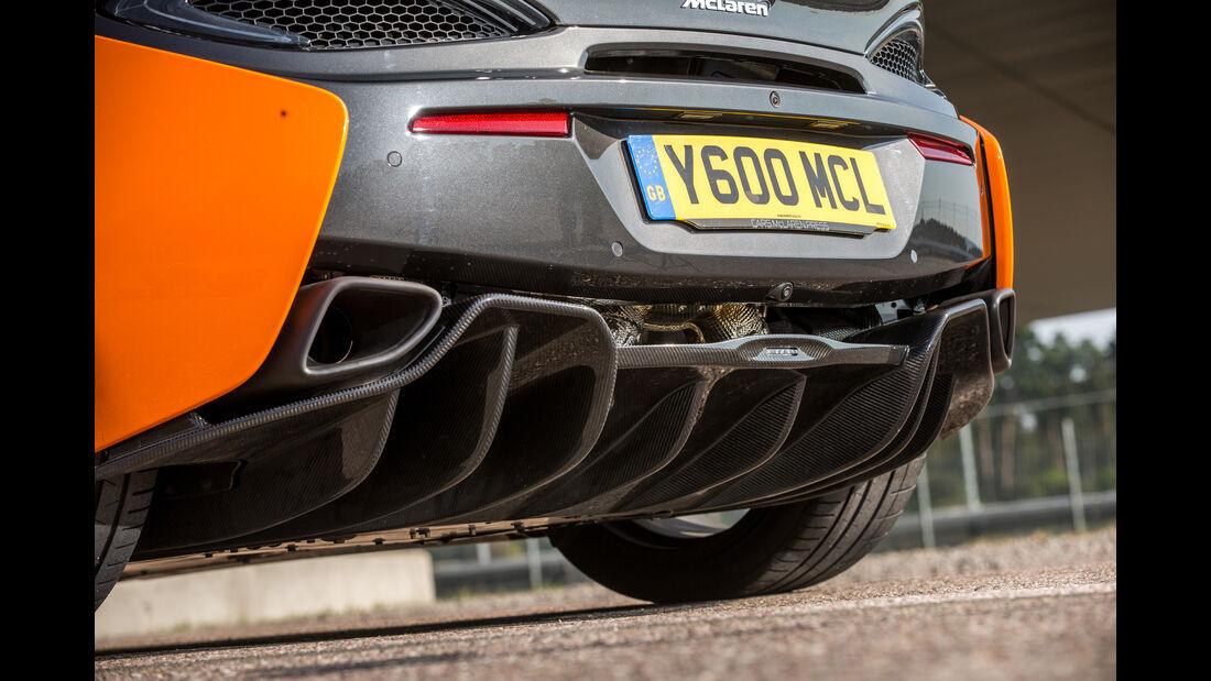 McLaren 570S, Endrohre