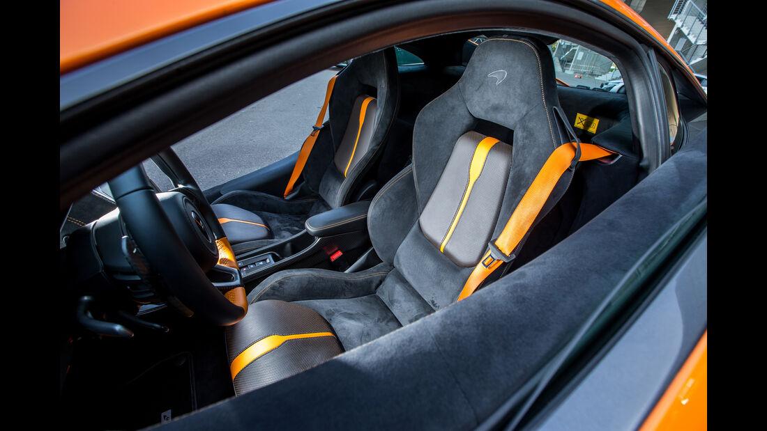 McLaren 570S, Sitze