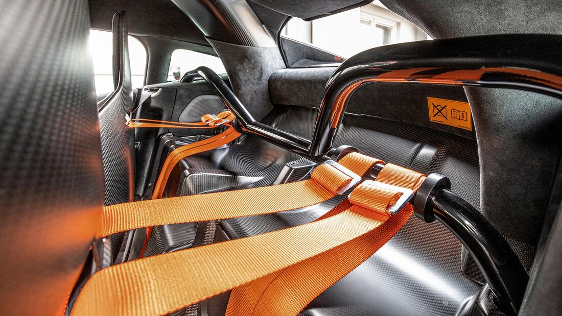 McLaren 620R, Interieur