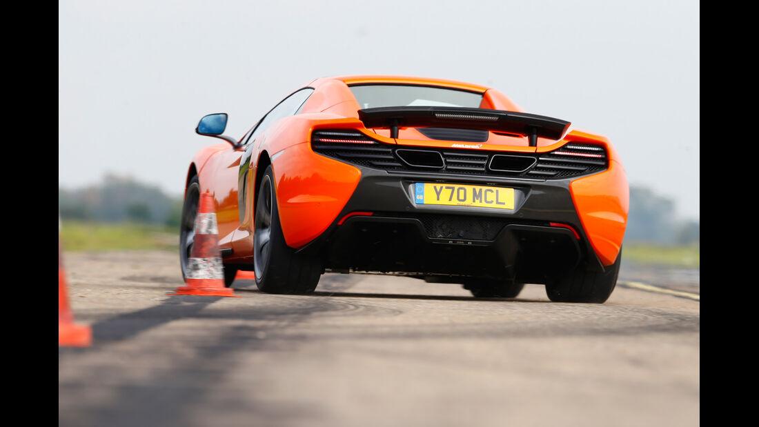 McLaren 650S Spider, Heckansicht, Slalom
