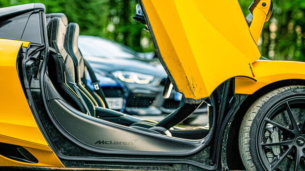 McLaren 720S Spider, Interieur