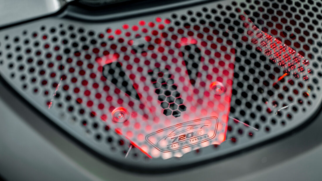 McLaren 720S Spider, Motor