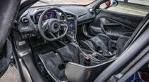 McLaren 765LT, Interieur