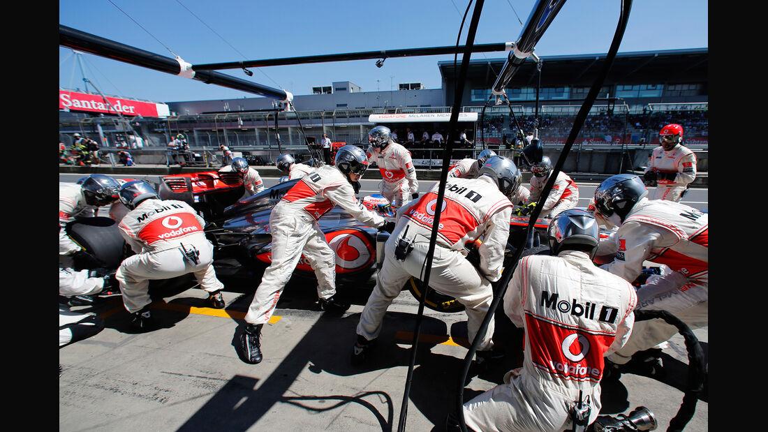 McLaren - Boxenstopp - Formel 1 2013
