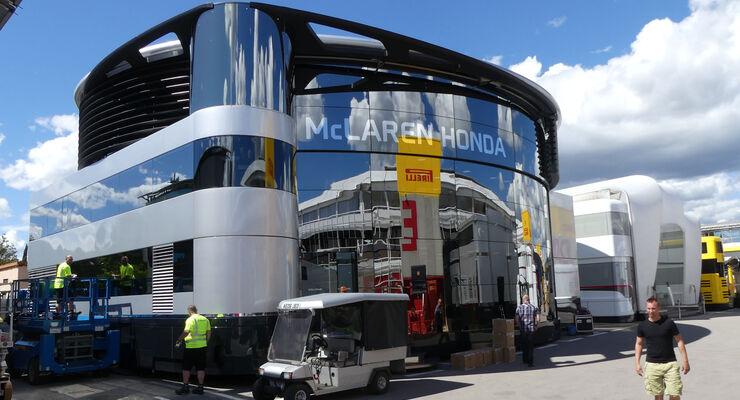 McLaren - F1 - Motorhome - GP Spanien 2016 - Barcelona
