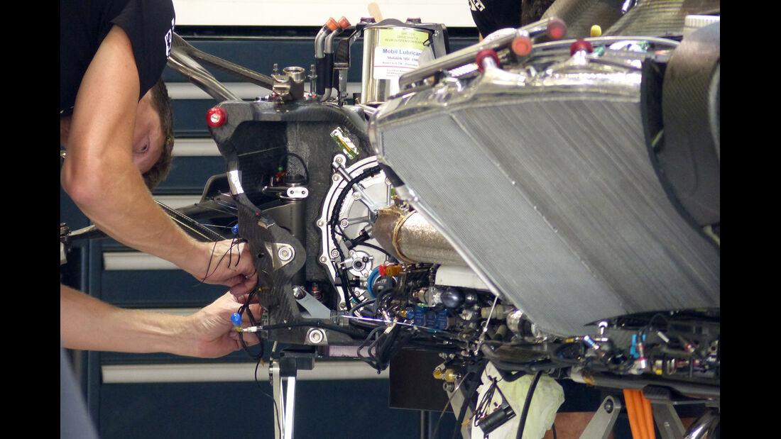 McLaren - Formel 1 - GP Japan - Suzuka - 1. Oktober 2014