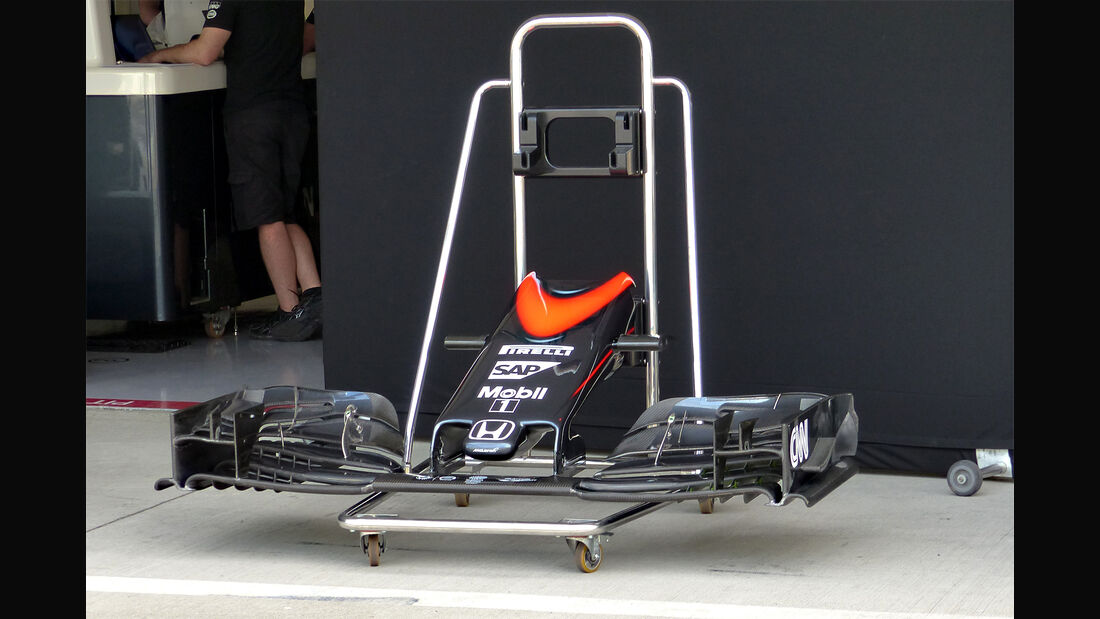 McLaren - Formel 1 - GP Japan - Suzuka - 23. September 2015