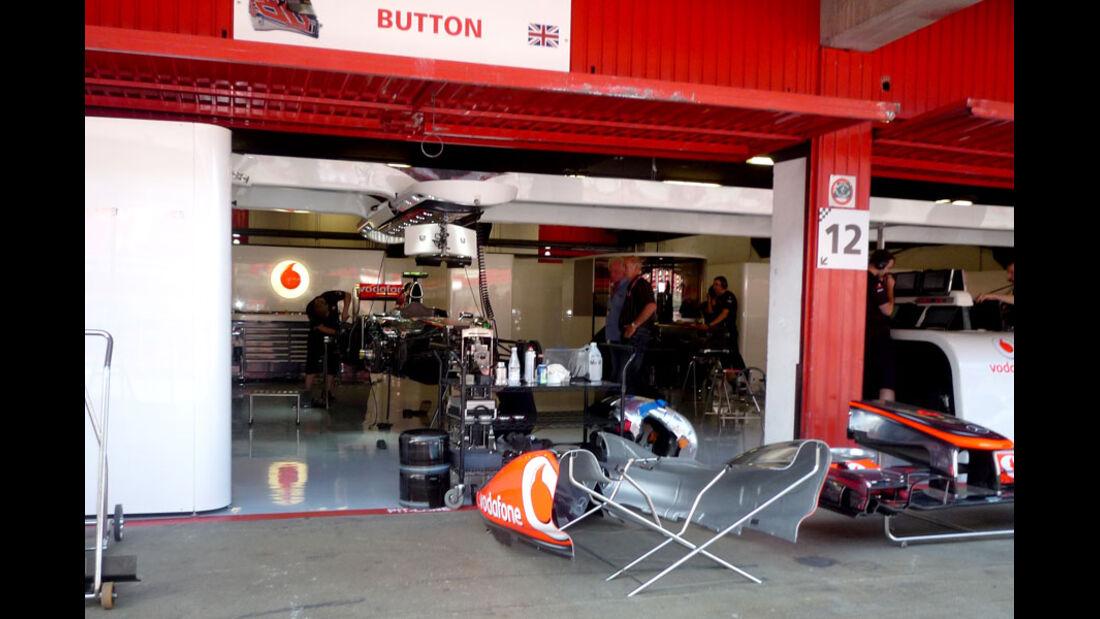 McLaren-Garage