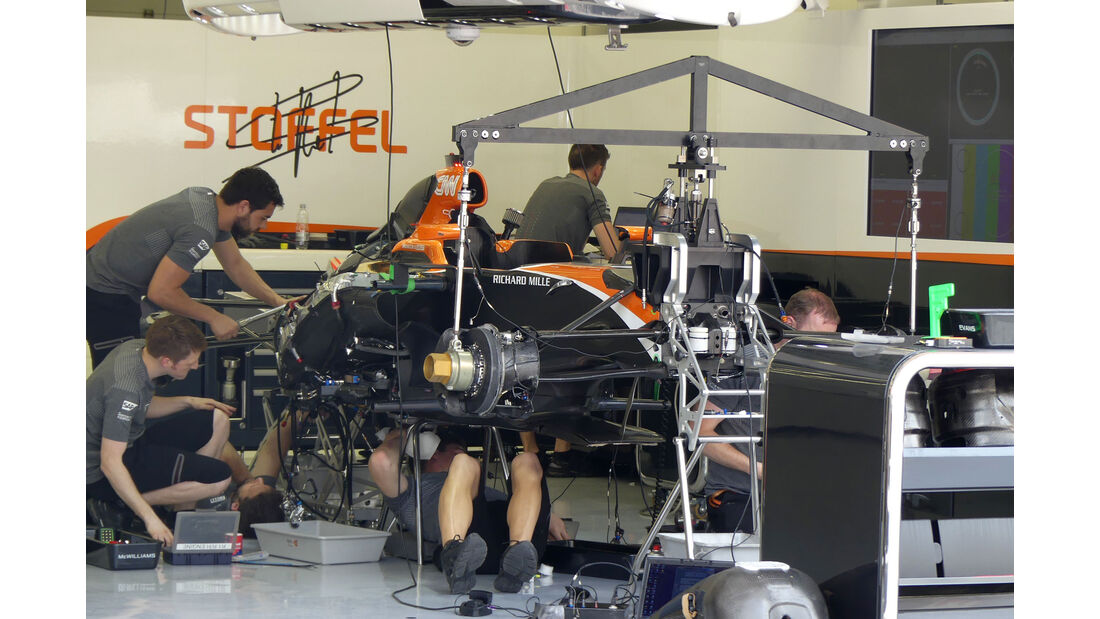McLaren-Honda - Formel 1 - GP Bahrain -Sakhir - Donnerstag - 13.4.2017